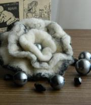 Брошь - Зимний цветок