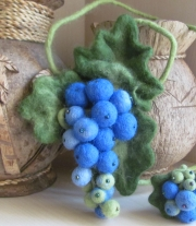 Подвеска - виноград