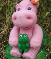 Бегемотик Лилу и жабка