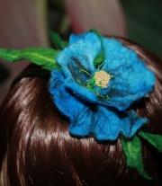 обруч с голубым цветком