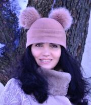 шапка из натуральной шерсти