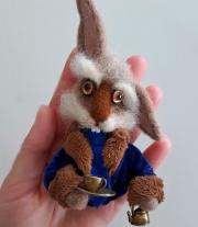 Брошь Мартовский заяц .Алиса в стране чудес.