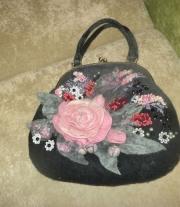 сумочка с фермуаром валяная Пепел розы