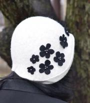 Шляпка валяная