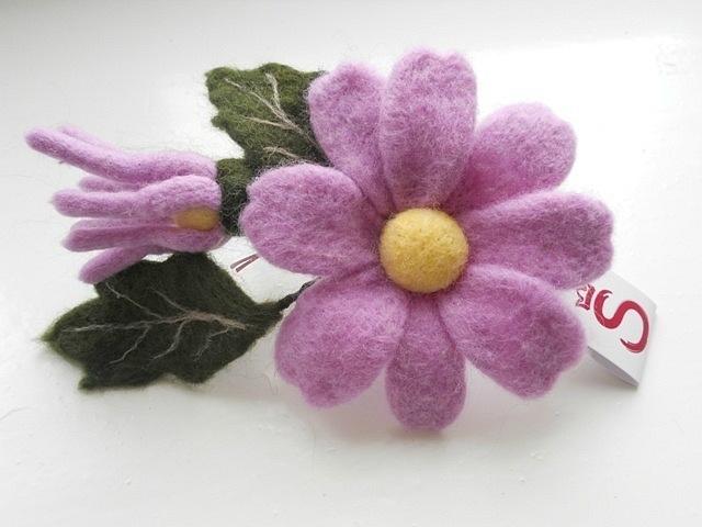 Цветы из шерсти