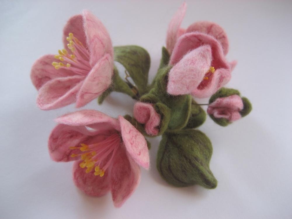 Валяные цветы из шерсти